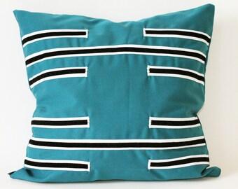 HEXAGRAM 37 cushion