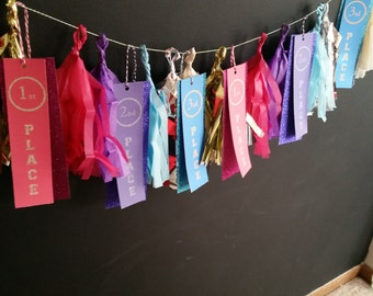 Gymnastics Ribbon Awards PRINTABLE and instructions on how to assemble a tissue tassel garland.