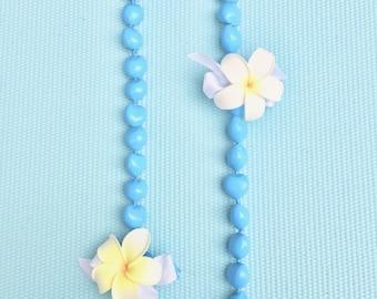 2 White Purumeria with light blue kukui nuts