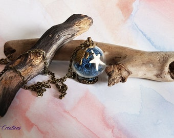 Terrarium vial pendant, Moss, reindeer, starfish, shell