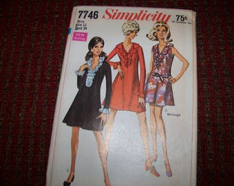 Simplicity ladies dress pattern size 12 bust 34 new and uncut