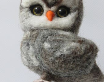 Tap felted OWL.