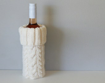 """DIY Knitting PATTERN - Cable Knit Wine Bottle Cozy  Size: 4.5"""" diameter x 12"""" tall (2015019)"""