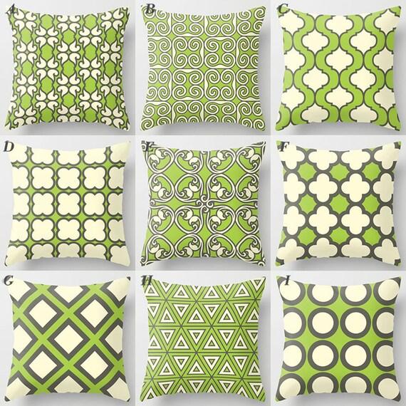 coussin vert motif coussin coussin gris fonc vert pomme. Black Bedroom Furniture Sets. Home Design Ideas