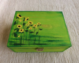 Wood tea box with Sunflowers, hand-painted customized gift for her / him, wooden chest for jewelry, 6 compartments decorative keepsake box