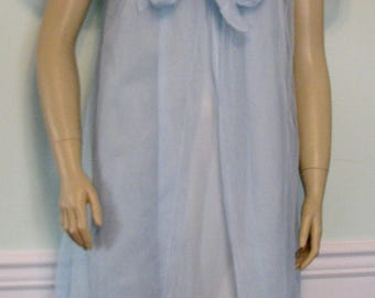 1960s Lingerie Movie Star Peignoir Set 1960s Blue Chiffon Robe and Nightgown