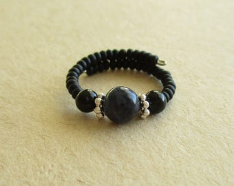 Dumortierite onyx gemstone memory wire beaded ring
