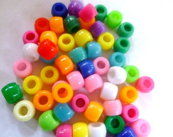 Pony Beads 6 x 9 mm 200 Beads in Random Colorful Mix