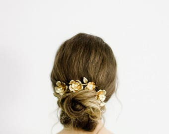 Floral Hair Comb, Wedding Headpiece, Bridal Headpiece, Crystal Hair Comb, Nature Inspired Bohemian Headpiece, Gold Hair Comb - Style 702