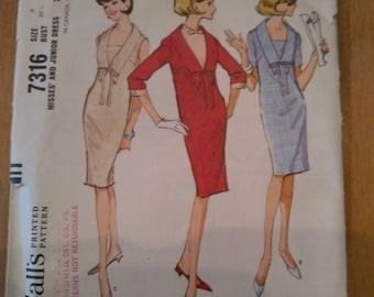 60s McCall's pattern 7316 woman retro shift dress Size 9 Bust 30 1/2