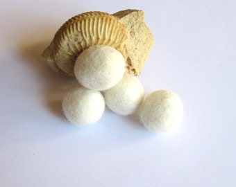 4 white felted wool undrilled 20 mm beads