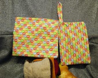 Reusable Sandwich N Snack Bag Set, Puppy Bones in Squares Print