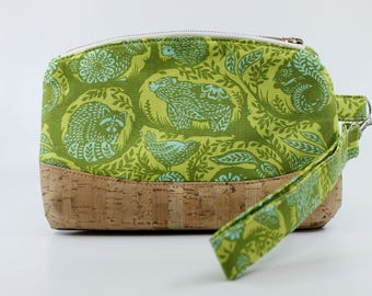 Green wild animals makeup bag, cosmetic bag, toiletry bag, zipper push