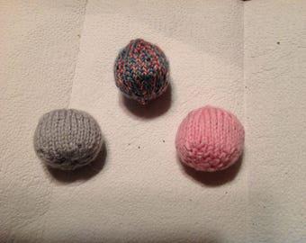 Handknitted Vegan Catnip Balls