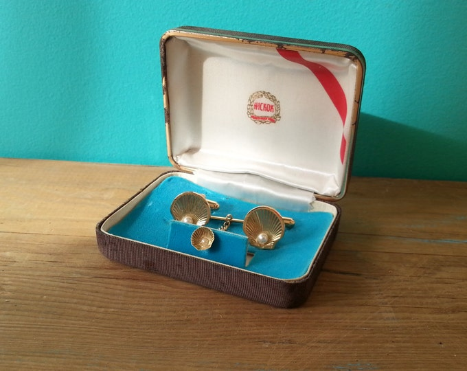 Gold Plated Shell Cufflink & Tie Tack Set