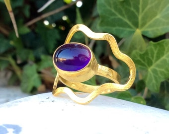 Purple Amethyst Ring, Gemstone Ring, Oval Ring, Gold Ring, February Birthstone Ring, Sterling Silver Ring, Statement Ring, OOAK Ring.