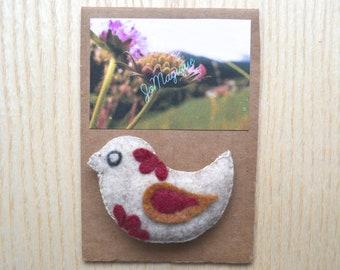 Bird brooch in felt, bird Bohemian brooch, purse pin
