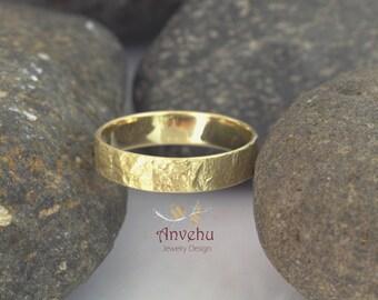 Men's wedding ring 14k solid gold wedding ring Rustic wedding ring Organic textured wedding band Handmade wedding ring