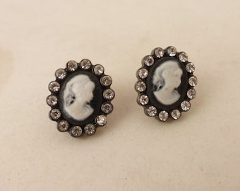 Vintage Lucite Oval Cameo Post Earrings with Rhinestone Scalloped Border