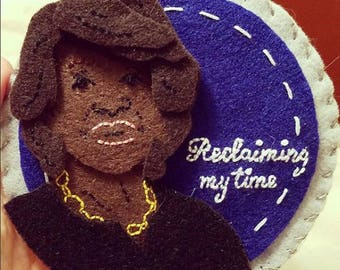 """PATTERN: Maxine Waters """"Reclaiming My Time"""" Felt Ornament/Wall Hanging"""