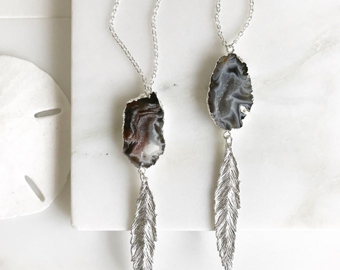 Long Silver Leaf and Raw Druzy Stone Necklace. Pendant Necklace. Druzy Necklace. Boho Necklace. Jewelry. Gift. Druzy Necklace.