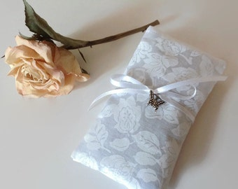 Lavender Sachets, Scented Sachets, Set of 2 Lavender Sachets, Dried Lavender filled Little Pillows, Eco Friendly Cotton