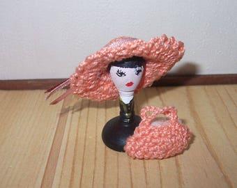 Dollhouse miniature crochet cap, handbag and hat stand 1/12th scale
