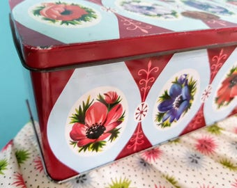 1950s, 1960s,  Vintage, Floral,  Poppy,  Poppies,  Parkinsons Biscuit Tin.