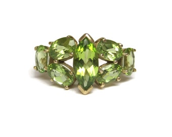 Vintage 10K Peridot Cluster Ring Size 8