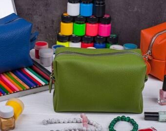 Bridesmaid gift Leather makeup bag Makeup organizer Gift for her Gift for women Leather makeup case Makeup storage Toiletry bag