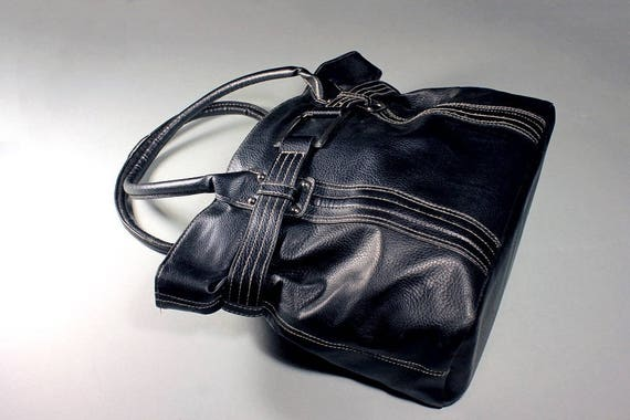 Black Tote Bag, Handbag, Top Handle, Faux Leather, Internal Compartments, Zippered Closure, Large Bag, Man-made Materials