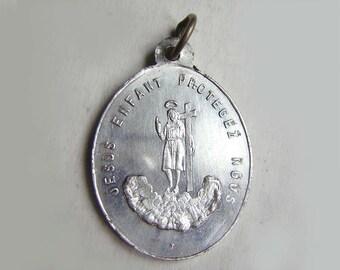 """Child Jesus protector, religious medal, aluminium, 0.79"""""""