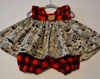 Alice in Wonderland Ruffled Tunic With Bloomers Size 6-12 Months