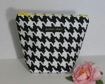 Handmade makeup bag - black and white houndstooth