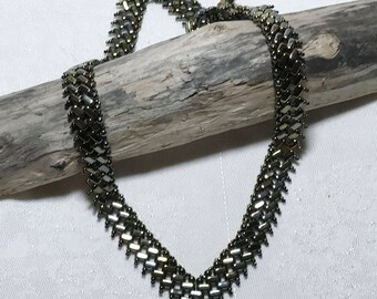 Metallic Bead Necklace V Beaded Necklace V Shaped Necklace Seed Bead Necklace Beadwoven Necklace V Shape Necklace Seed Bead Necklace