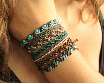 Bracelet 8 en 1 Marron Turquoise Création Faite main en Macramé avec détails en perles
