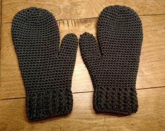 Gray crochet mittens -Vanna's Choice Charcoal Gray Adult Small/Medium