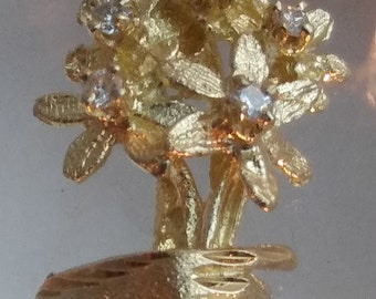 "14k Yellow Gold Diamond Wildflower 3-D Floral Bouquet 1"" Pendant"