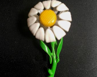 Vintage 1960s  Enameled Metal Daisy Brooch Pin New Old Stock