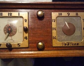 Vintage Travler Radio Clock Combo