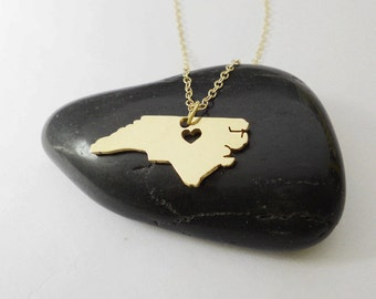 Gold North Carolina State Necklace,NC State Charm Necklace,North Carolina State Shaped Pendant,North Carolina State Necklace With A Heart