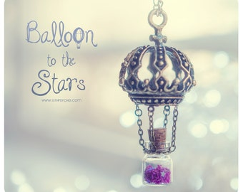 Hot Air balloon Tiny Bottle Necklace, with glitter stars. Glass vial necklace. Bottle Pendant original jewelry, inspirational gift for women