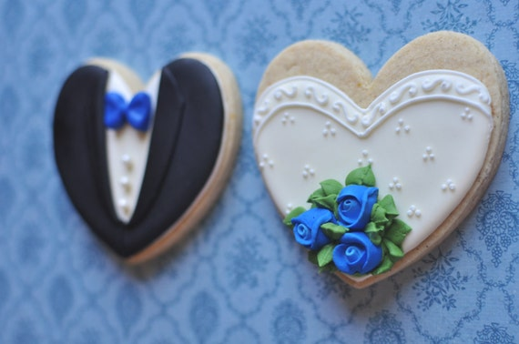Bride and Groom Wedding Favor Cookies with Rose Bouquet- 1 Dozen (6 Pair Set)- Cookie Favors, Wedding Cookies,  Bridal Shower Cookies
