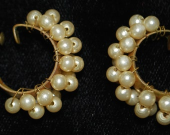 Handmade vintage pearl clip on EARRINGS rare 50s 60s retro cute 70s 90s sexy women costume crazy awesome hipster trendy beautiful htf vtg