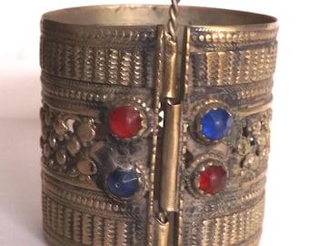 Single Authentic Medium Length Vintage Jewelled Kuchi Tribal Gypsy Patterned Bellydance Cuff Bracelet B