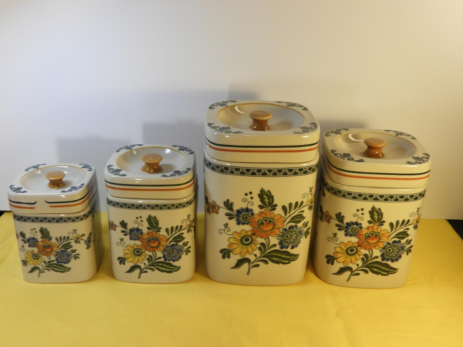 decorative kitchen canister sets vintage stoneware canister set 4 yellow green decorative kitchen canister jar set 4 korea 3926