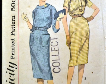Vintage 1959 Sewing Pattern Simplicity 3070 Misses' Wriggle Dress  Bust 31 Inches Complete