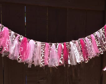 Giraffe Print Garland, Fabric and PINK Tulle Garland, Giraffe, Shower, Party, Nursery, Home Decor, Custom Sizes Available