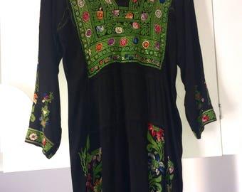 Vintage 70s Rare Hand Embroidered Palestinian Kaftan Size 10/12