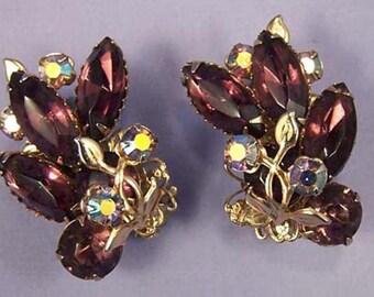 Vintage Purple Earrings / Purple Rhinestone Earrings / Purple Floral Earrings / Purple Earrings / Aurora Borealis Earrings / Purple Jewelry